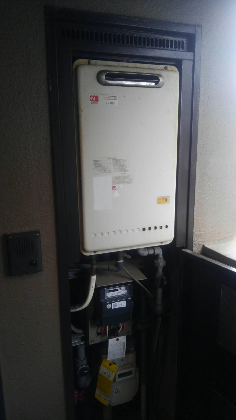 名古屋市昭和区で給湯器交換 ノーリツ16号給湯専用 Q-166